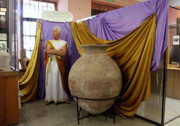 Музей древностей в Феодосии