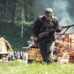 Сожжение деревянной постройки на фестивале «Ржевский выступ»