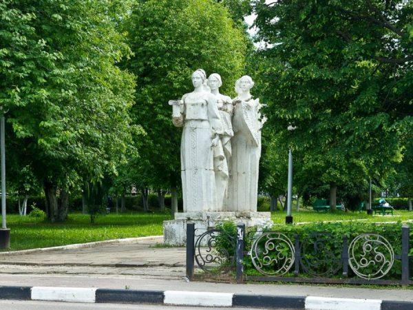Памятник основанию города