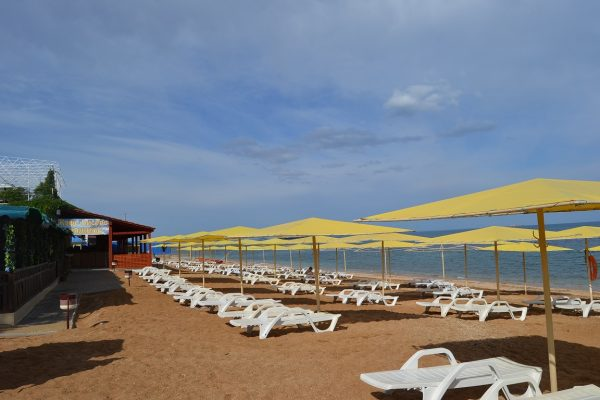 Пляж «Жемчужный» в Феодосии
