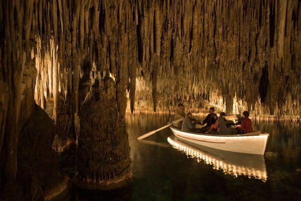 Подземное озеро Мартеля