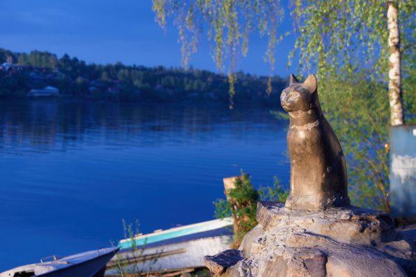 Скульптура «Плёсская кошка»