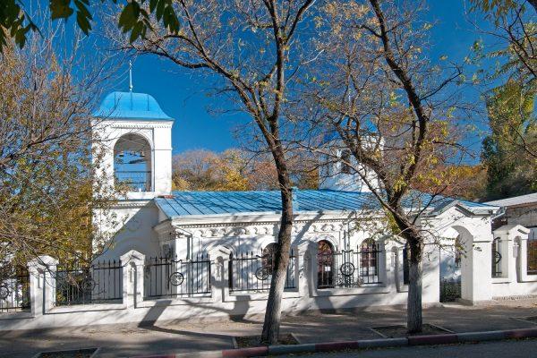 Церковь Введения во храм Пресвятой Богородицы в Феодосии