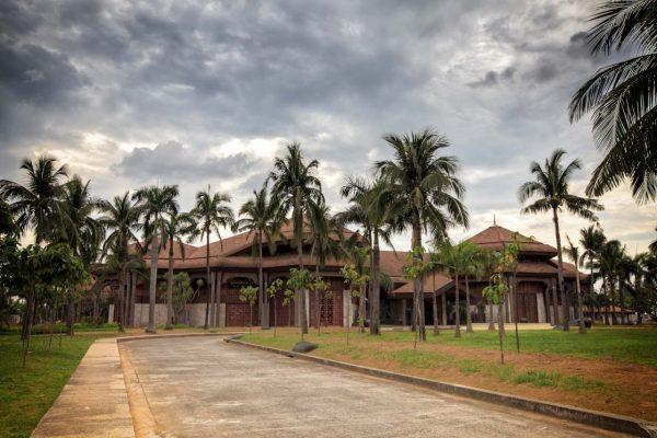 Кокосовый дворец