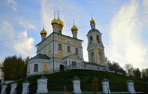 Воскресенская каменная церковь