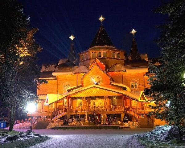 Главный дом деда Мороза в Великом Устюге