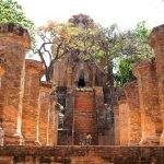 Лестница к храмам