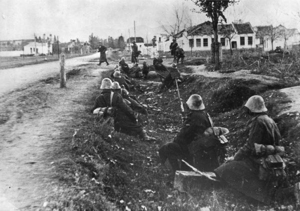 Черно-белая фотография Нальчика (военное время)