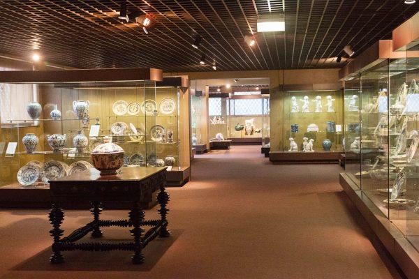 Экспонаты в Археологическом музее Лиссабона