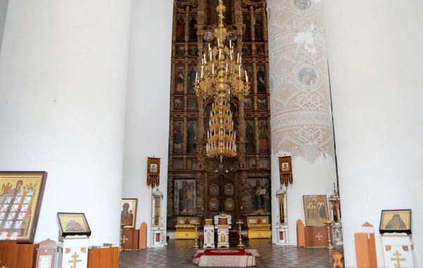 Иконостас Успенского собора в Рязанском кремле