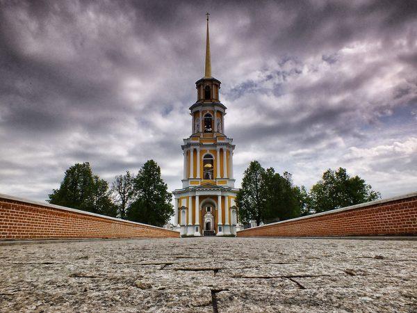 Колокольня Успенского собора в Рязанском кремле