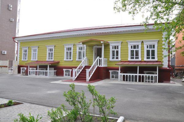 Здание музея декабристов