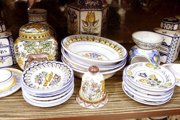 Керамическая посуда с росписью