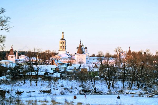Зимний Боровск
