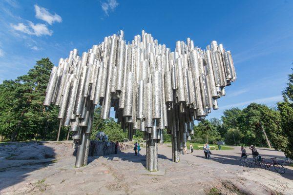 Памятник Яну Сибелиусу в Хельсинки