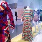 Зал авторской одежды Музея дизайна в Хельсинки