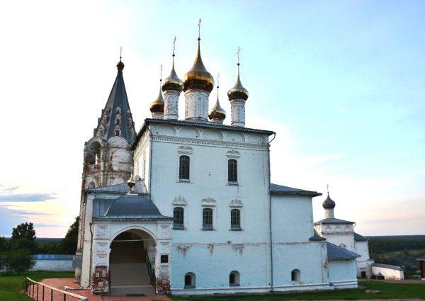 Свято-Троицкий Никольский монастырь