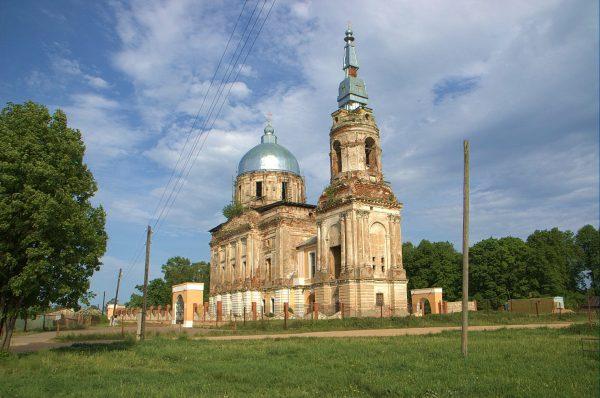 Церковь Спаса Нерукотворного в усадьбе Рай-Семёновское