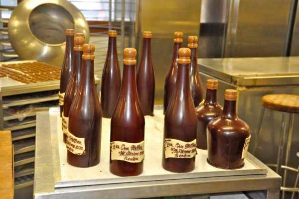 На фабрике Stettler в Женеве