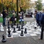 Огромные шахматы в парке «Бастион» в Женеве