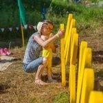 Ребёнок на фестивале «Макушка лета»