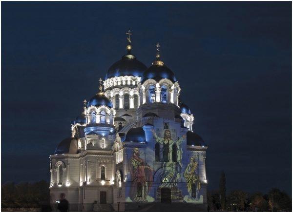 Вознесенский собор ночью