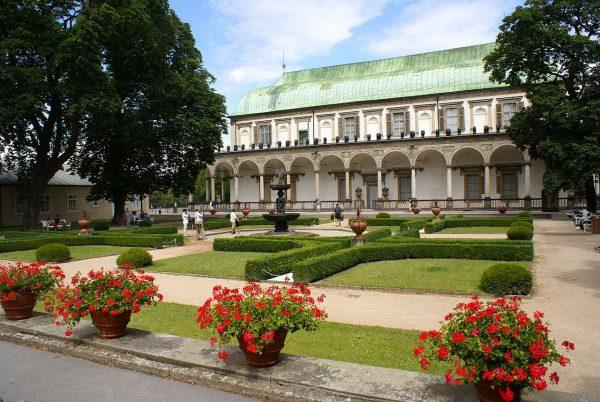 Летний дворец и Королевский сад в Пражском Граде