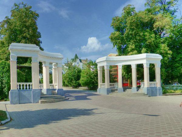 Ротонды Александровского сада