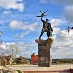 Памятник князю Владимиру Андреевичу Храброму на Сенной площади Малоярославца