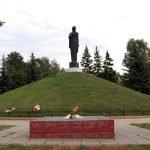 Курган Славы и монумент «Родина-мать» в Малоярославце