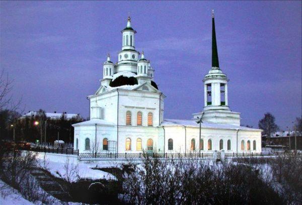 Свято-Троицкая церковь в Архангельске