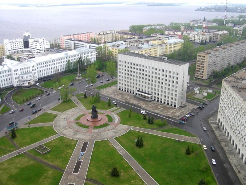 Архангельск— город-порт на Северной Двине