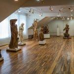 Скульптуры женских образов