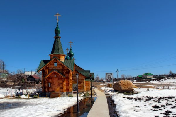 Казанский источник в Дивееве