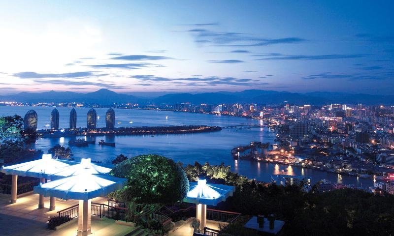 Санья— китайский город-курорт на конце мира
