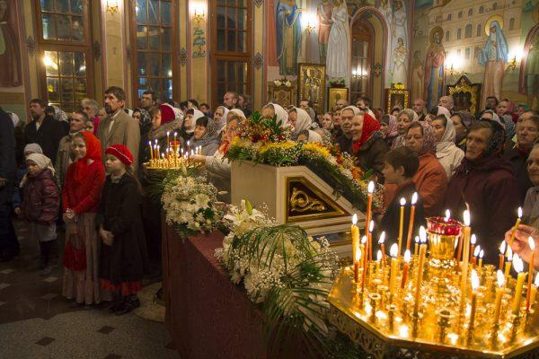 Празднование Пасхи в Дивееве