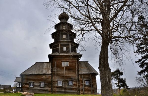 Старовознесенская (Тихвинская) церковь