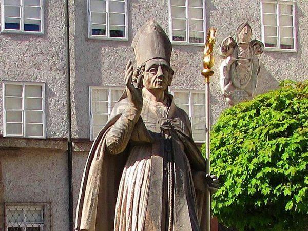 Памятник Святому Руперту