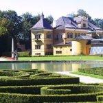 Замок Хёльбрунн