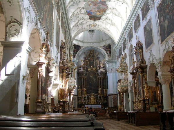 Интерьер аббатства