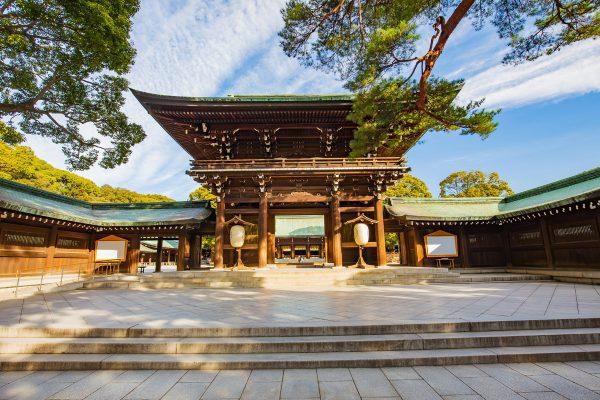 Главный вход в храм Мэйдзи