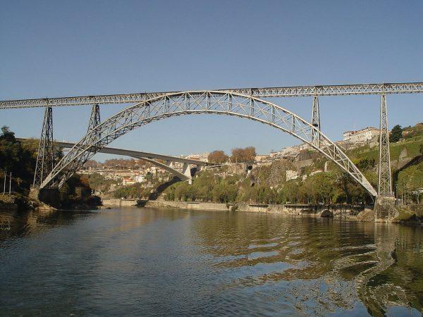 Мост Понти-ди-Дона-Мария-Пиа в Порту