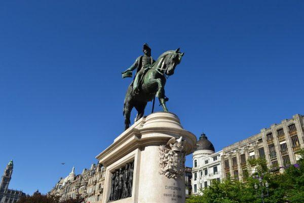 Памятник Педро IV в Порту