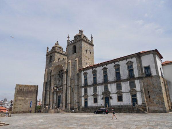Кафедральный собор в Порту