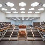 Читальный зал в библиотеке Алвара Аалто