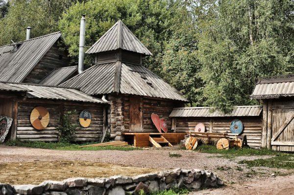 Варяжский двор «Сваргас»