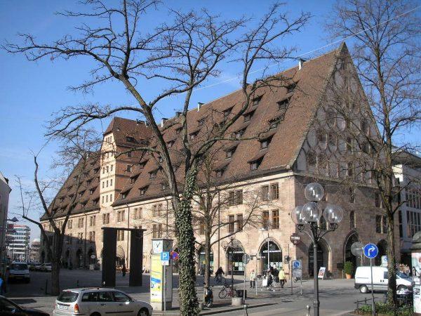 Старинное здание таможни в Нюрнберге