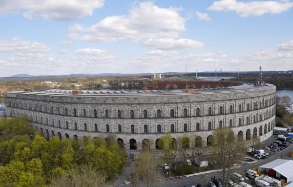 Недостроенное здание Зала собраний в Нюрнберге