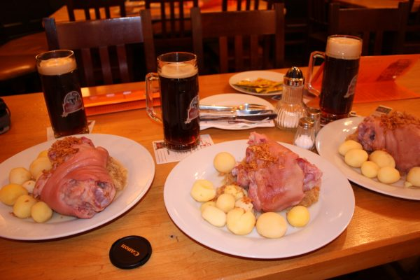 Пиво и закуска