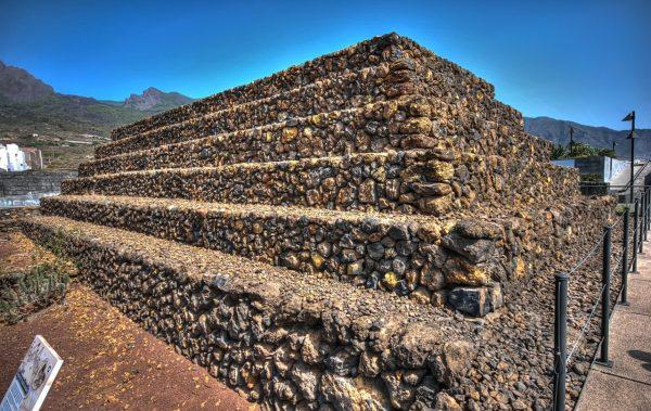 Пирамида Гиумар